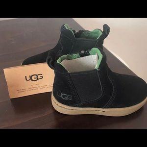 Ugg Hamden black slip on suede boy boots